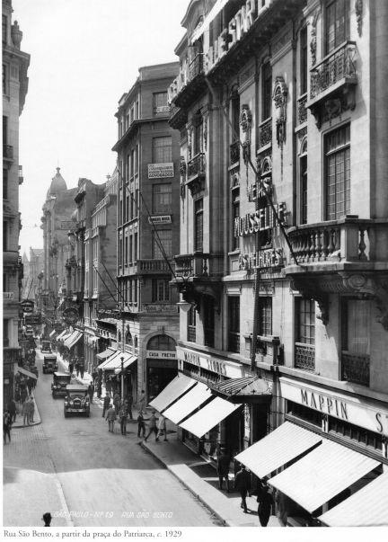 1929 - Rua São Bento, a partir da praça do Patriarca. Foto de Theodor Preising